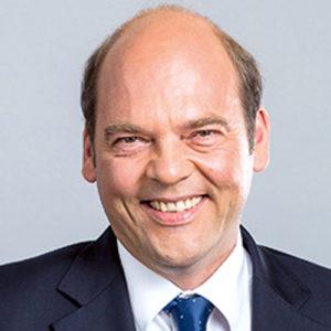 Dr. Nicolas Schill