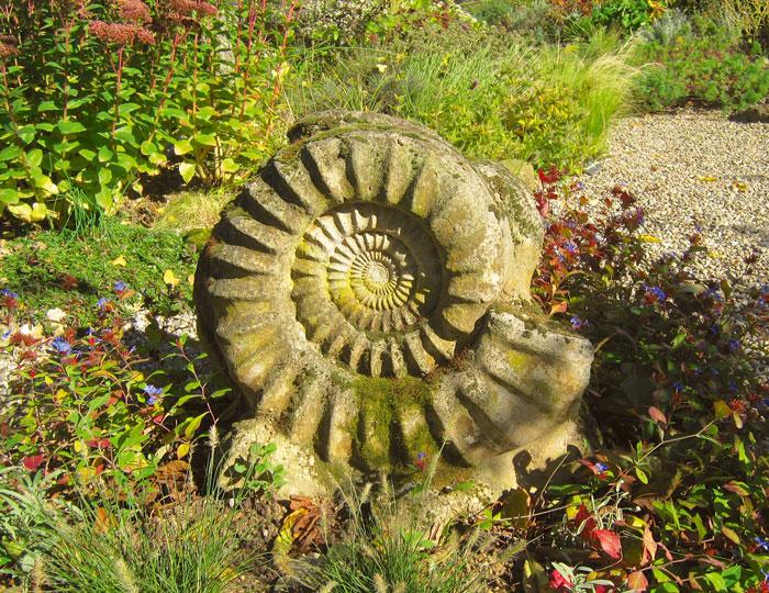 Abguss vom Ammoniten im Eingangsbereich