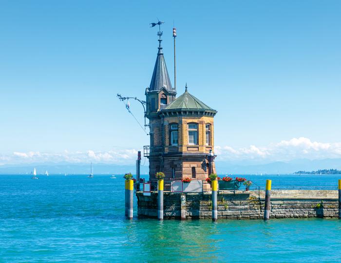 Alpenblick vom Konstanzer Hafen