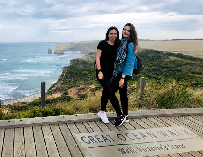 Hannah Singler und ihre Freundin in Australien