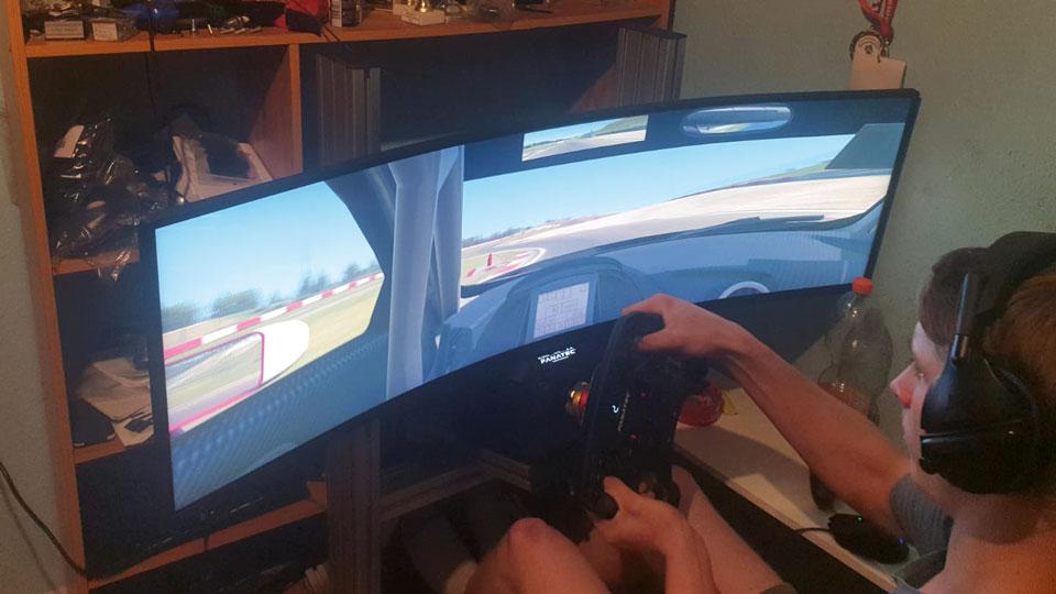 E-Sport Simulator
