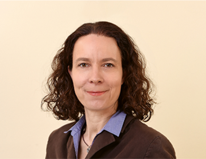Miriam Dross