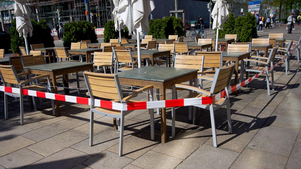 Restaurant Stühle gesperrt
