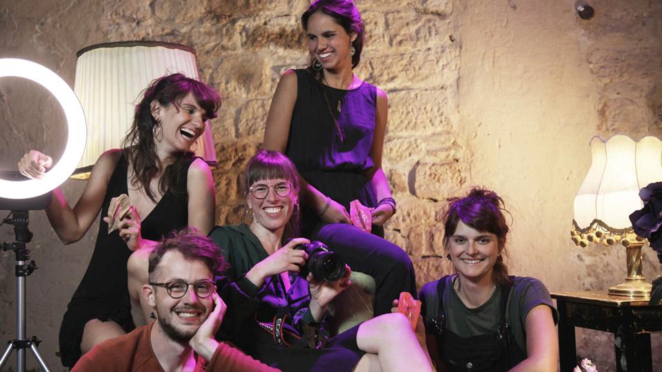 Freiburger Kollektiv will mit Vulva-Kalender mehr