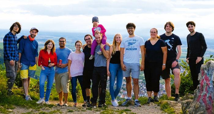 Team von ConstellR