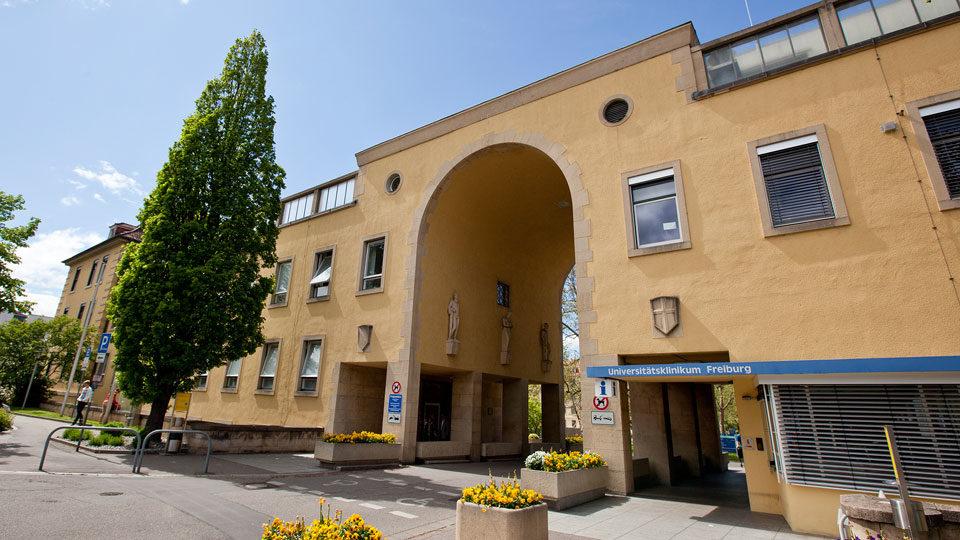 Torbogen Universitätsklinikum Freiburg