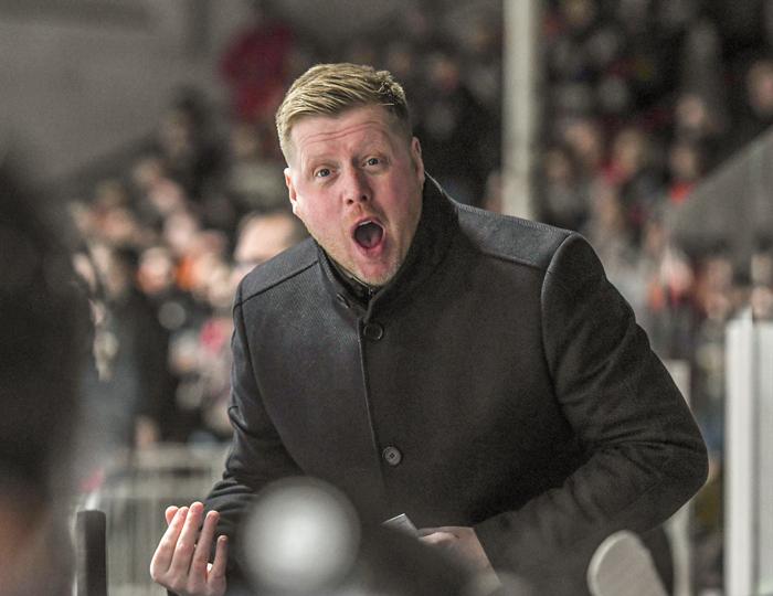 Coach Peter Russel des EHC Freiburg