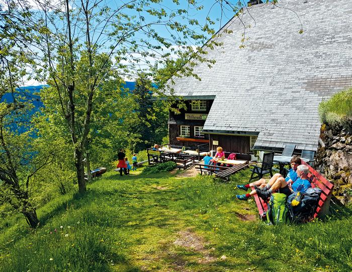 Rast an Schwarzwaldhütte